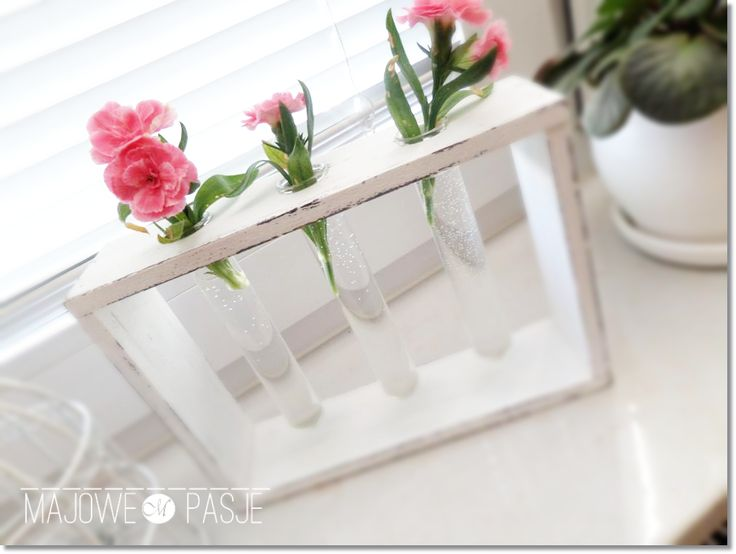 Wazon - trzy szklane probówki