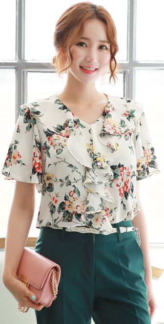 StyleOnme_Floral Print Ruffle Blouse #white #ivory #floral #ruffle #blouse #feminine #koreanfashion #kstyle #kfashion #seoul #summertrend