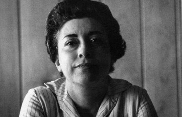 A 39 años de la muerte de una de las poetas y más grandes representantes del feminismo latinoamericano, Rosario Castellanos, aquí algunos de sus poemas. http://www.linio.com.mx/libros-y-musica/