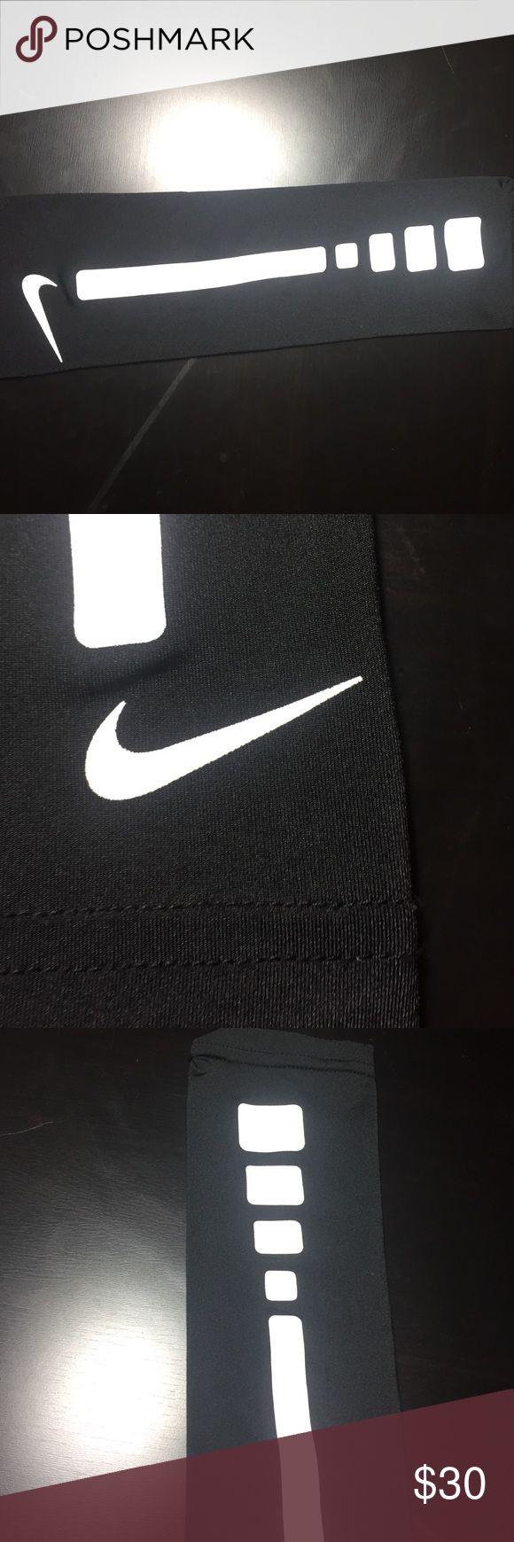 Nike Elite Basketball Arm Sleeve Arm Sleeve didn't wear it ever. Nike Accessories
