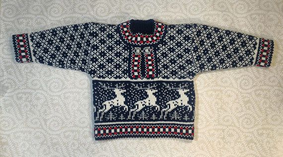 Trendy winter sweater for children with deer pattern
