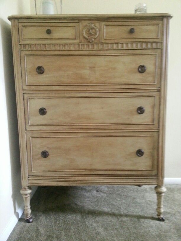 1000 Images About Ascp Versailles On Pinterest Annie Sloan Paints Shabby Chic And Chalk Painting