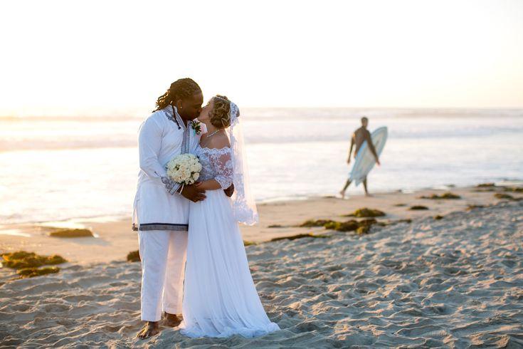 Pin By Dream Beach Wedding San Dieg On Mission Beach In 2020 Dream Beach Wedding Wedding Venues Beach Mission Beach