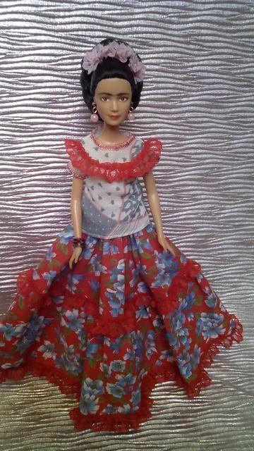 Frida Kahlo ooak custom DOLL  barbie