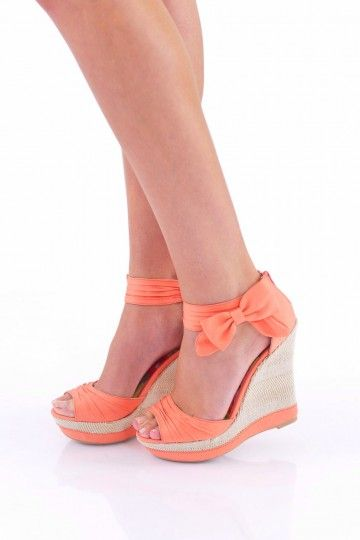 Too cute! Loving this darling wedge sandal!