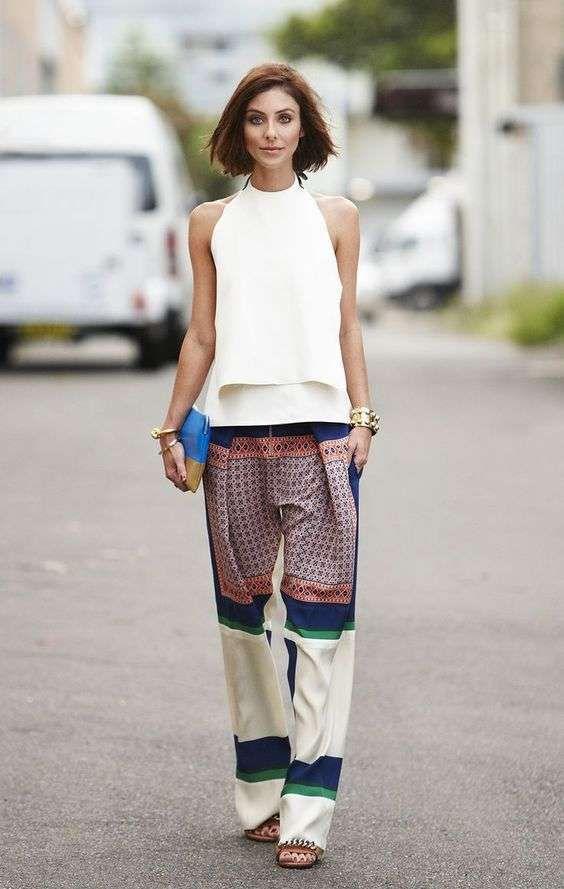 Come abbinare i pantaloni a palazzo - Pantaloni a palazzo colorati