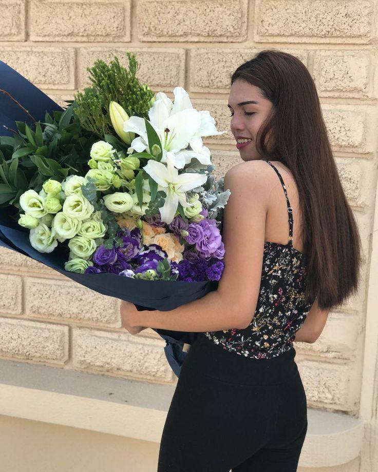 Wer Freude macht, besitzt sie manchmal nicht. 👌🏻. #flowers #masterflorists # …   – Miraclegarden