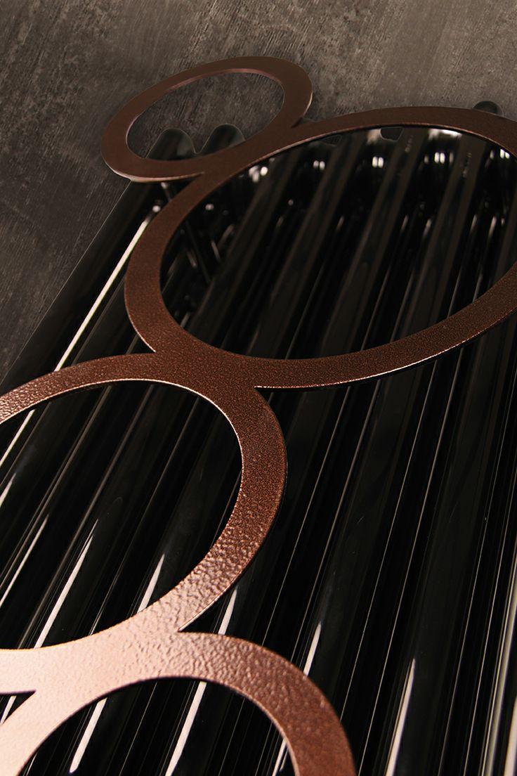 Accessorio BUBBLE: per rendere il tuo radiatore anche un comodo appendi abiti// BUBBLE: to make your radiator also a perfect hangers for your clothes.