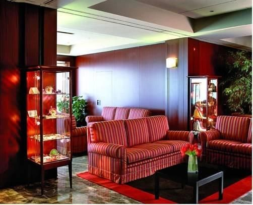Hotel Deal Checker - Grand Hotel San Marino