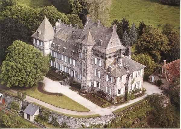 Château de Saint Chamant. St-Martin-Valmeroux. Auvergne