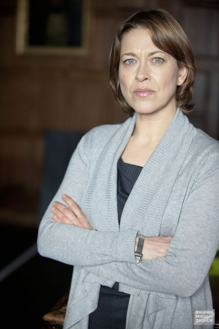 Preview Pictures: Nicola Walker in BBC One's 'New Tricks' - Inside Media Track