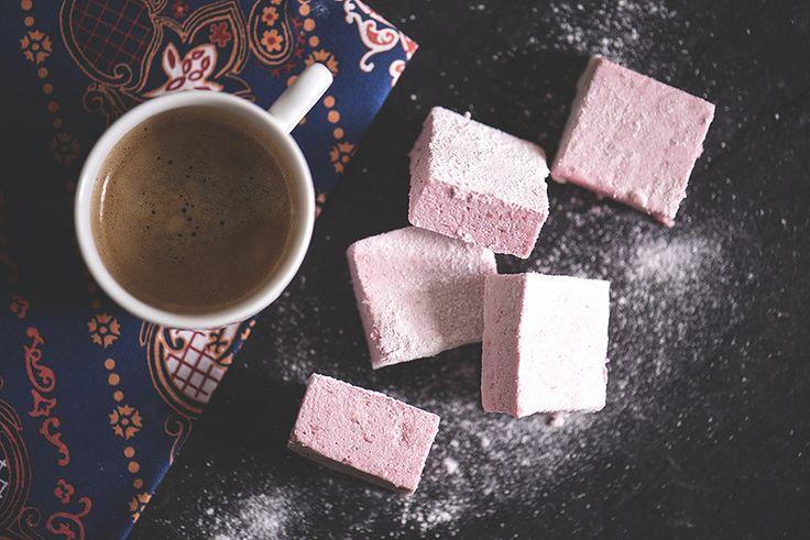 Жизнь со вкусом - Яблочно-клюквенная пастила с ванилью, кардамоном и бадьяном