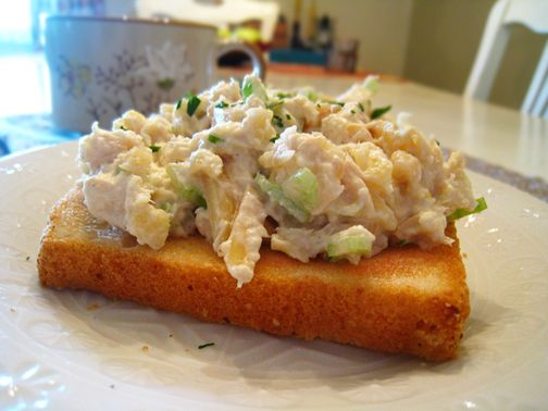 Pineapple Almond Chicken Salad in the style of Jason's Deli! Sweetness from the pineapple & crunch from the almonds makes for a tasty, satisfying sandwich!