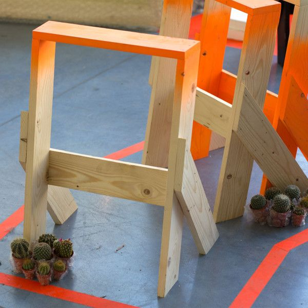 The Honest Stool is designed to be free and open source so anybody can make one, using just one wooden board, a hammer and 24 nails.