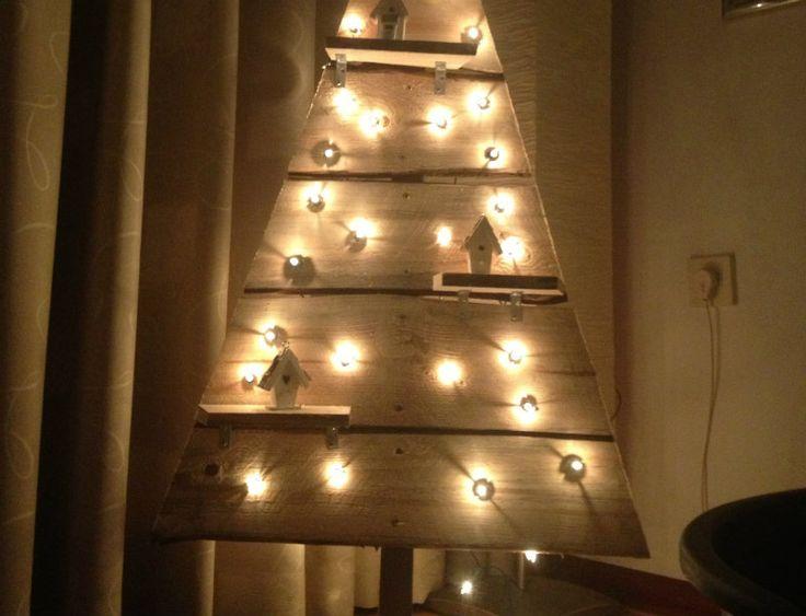 Zelf een houten kerstboom maken! [werkbeschrijving + foto's]