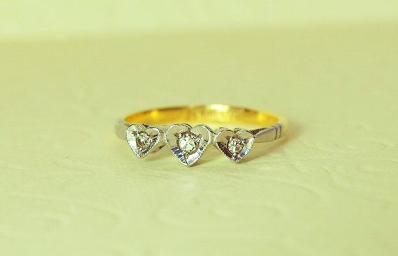 1910 Art Deco Trilogy Heart Diamond Engagement Ring in 18k Gold and Platinum, Wedding Band