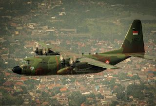 Foto TNI AU Ganteng Dan Pesawat Hercules TNI AU   FOTO TNI GANTENG