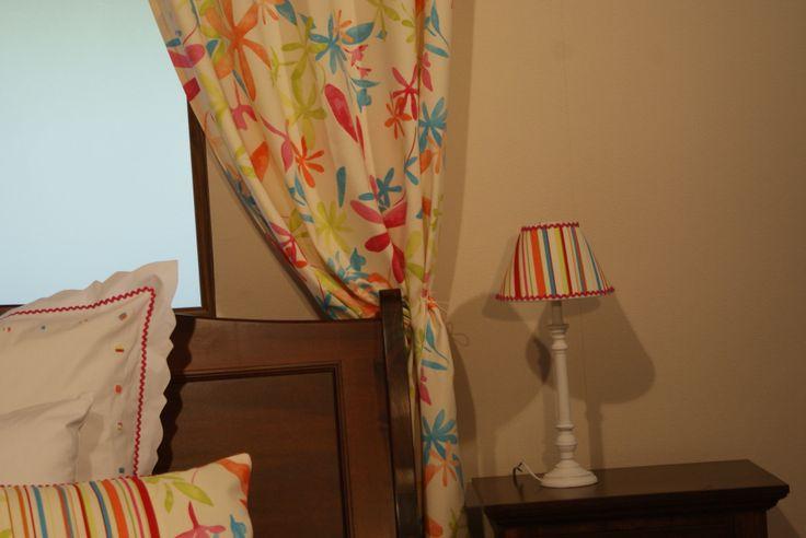 Vă place combinația de culori pentru dormitor cu accente moderne?