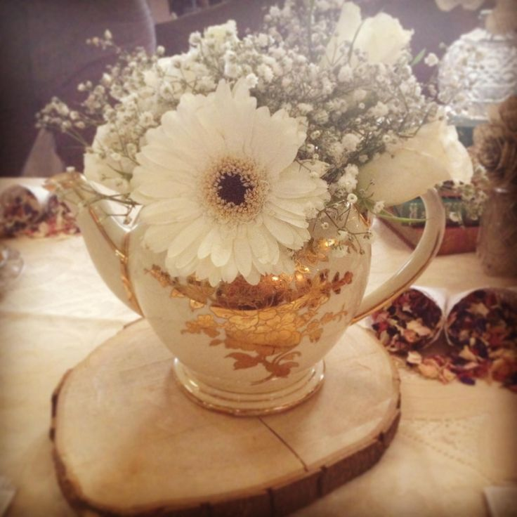 One of our gold teapots with lovely gypsophila