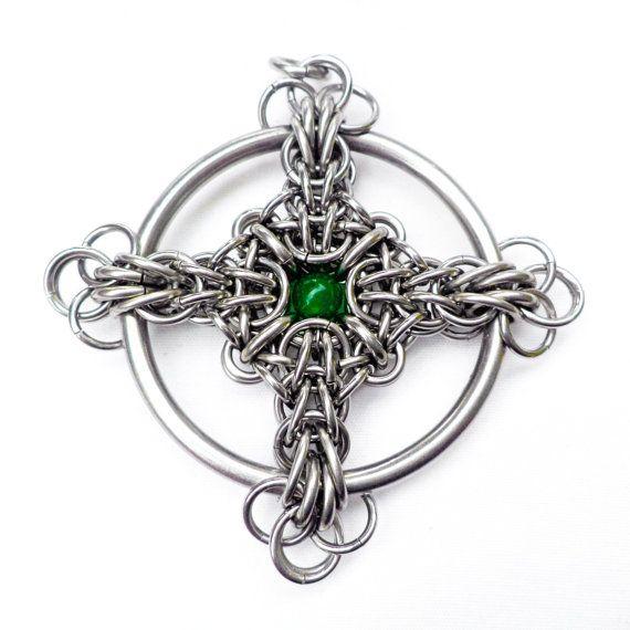 Tutorial for Celtic Cross Chain Maille Pendant by BrilliantSkulls