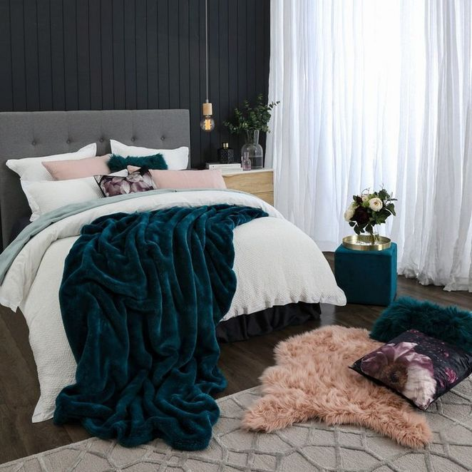 Jewel Tone Bedroom Decor, Jewel Tone Green Bedding