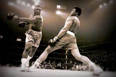 Muhammad Ali vs.Joe Frazier in 'The Thrilla in Manila' #boxing #sport