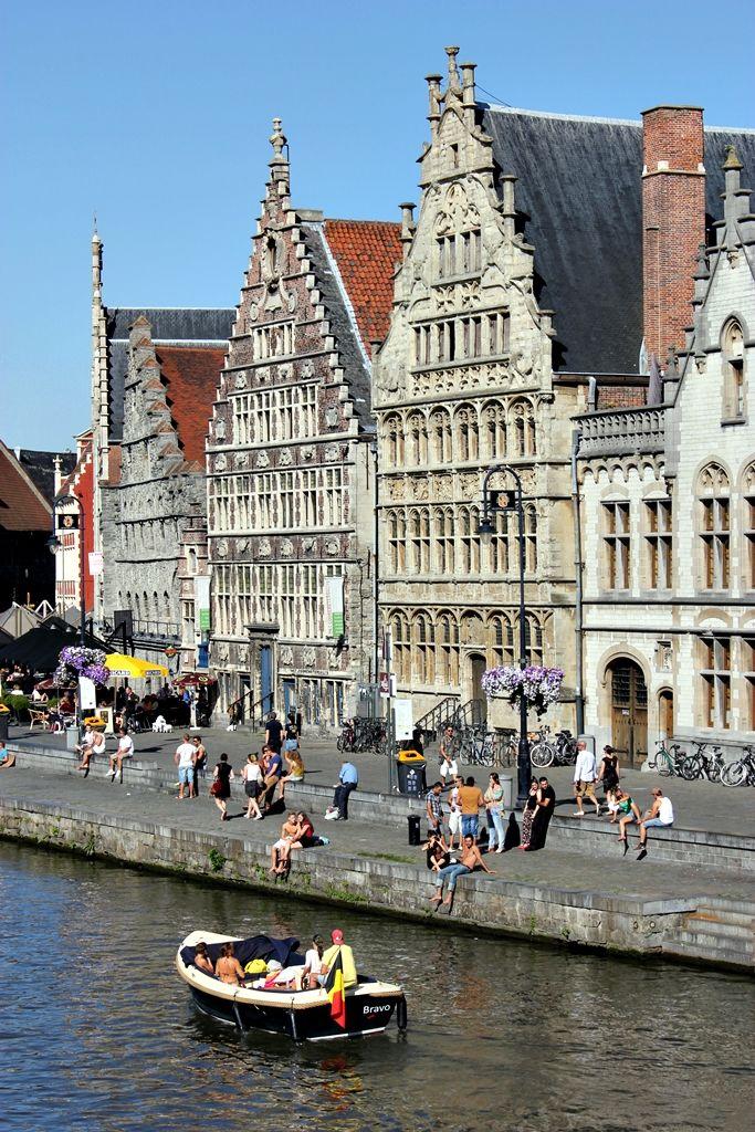 with my daughter en best girlfriend :-)) Graslei, Gent | Belgium