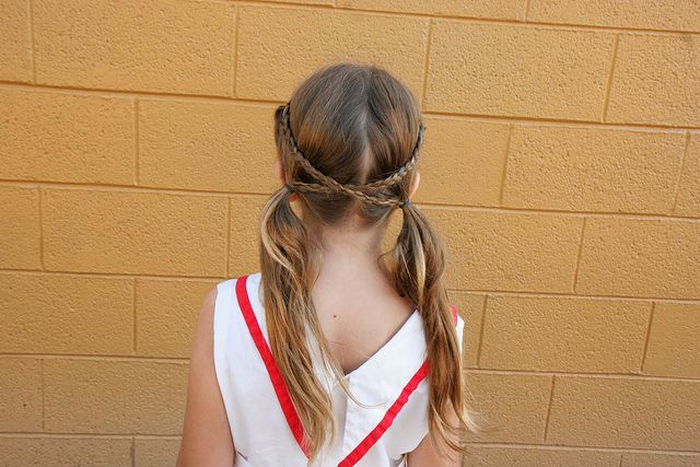 23 Quick & Easy Hairstyles for Little Girls