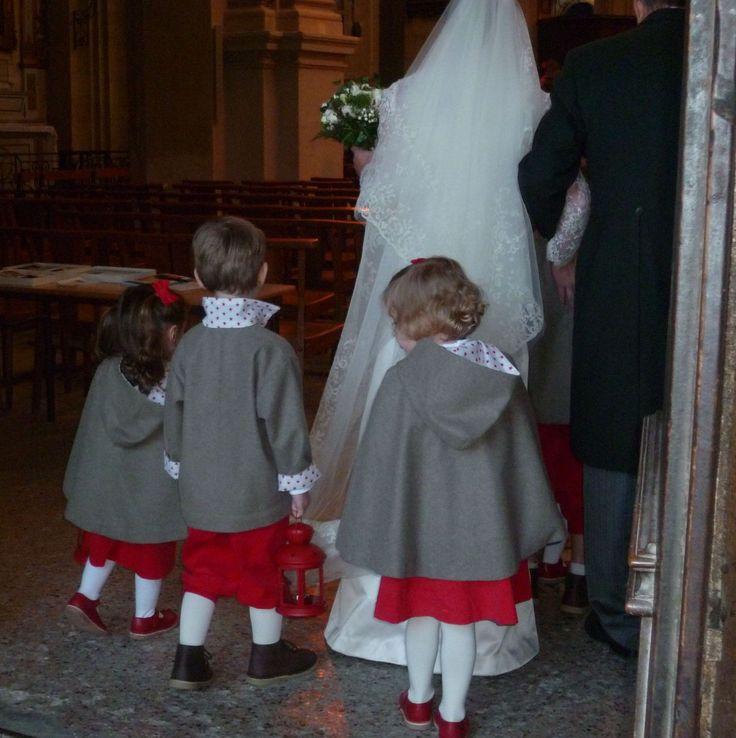 Enfants d'honneur pour un mariage en hiver...