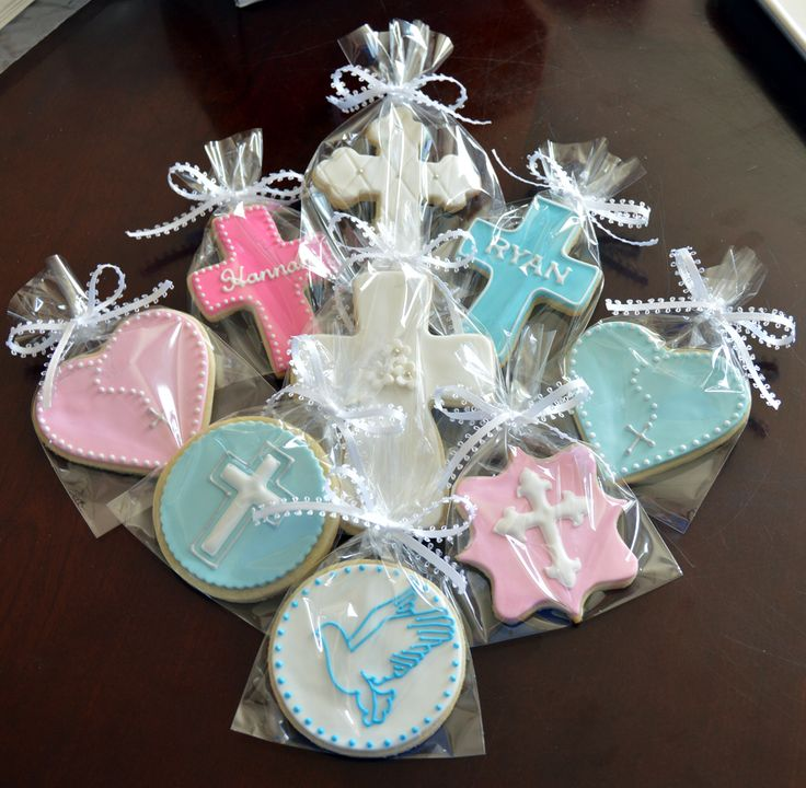 Christening Cookies - For all your cake decorating supplies, please visit craftcompany.co.uk