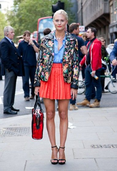 LFW Streetstyle: Floral Prints, Biker Jackets, Dahlias Wolf, Street Style, Fashion Week, Shoes Di Skirts Di, Leather Jackets, Street 2013, Prints Jackets