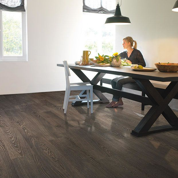 Quickstep Elite Old Grey Oak UE1388 Laminate Flooring - FlooringSupplies.co.uk
