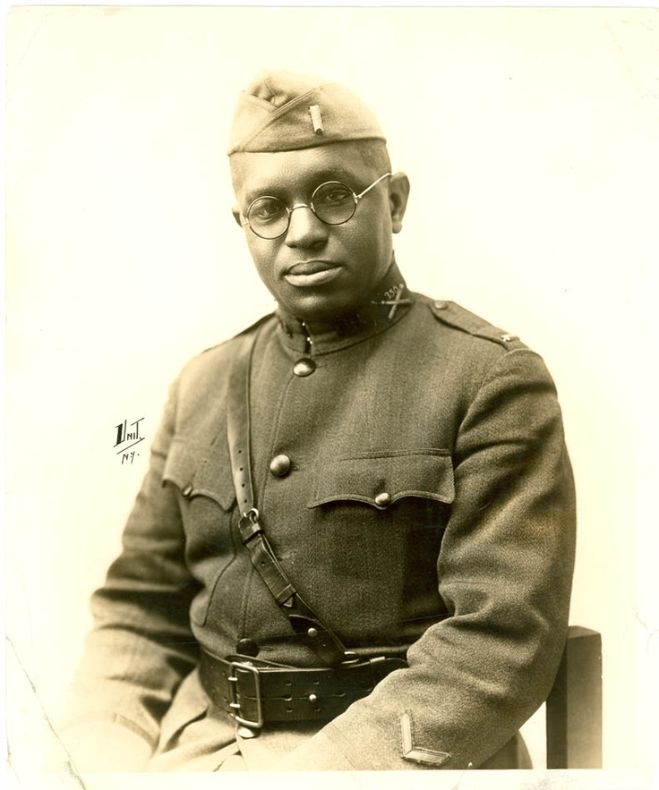 An African American soldier from 1914. Love this photo...