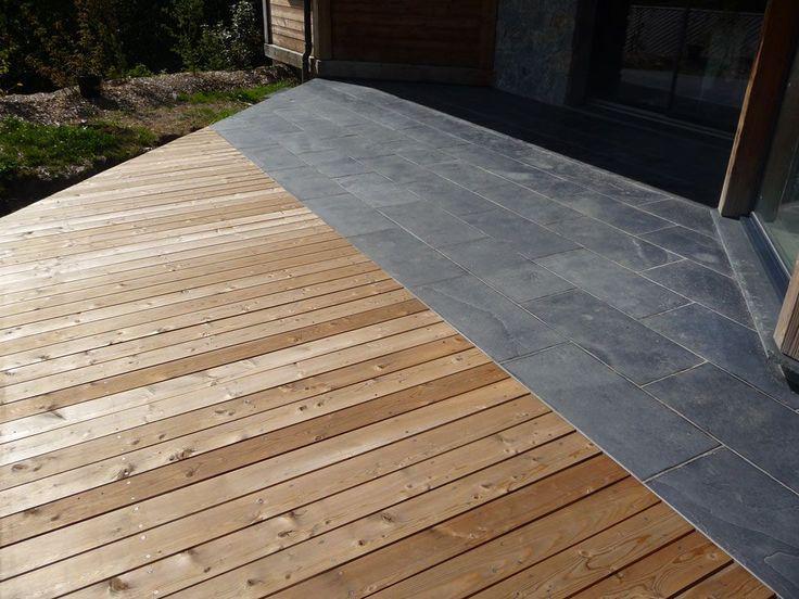 Terrasse en pierres naturelles (Ardoise) et bois (Mélèze) Ribiollet Paysage