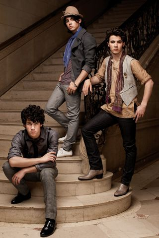 Jonas Brothers (JUNIOR HIGH FLASHBACK OMG)