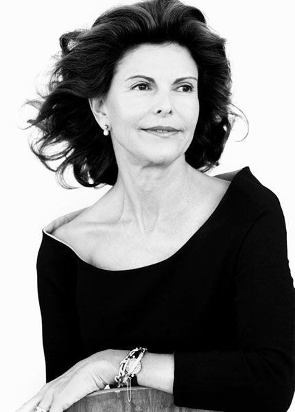 Queen Silvia of Sweden. What a beautiful picture!
