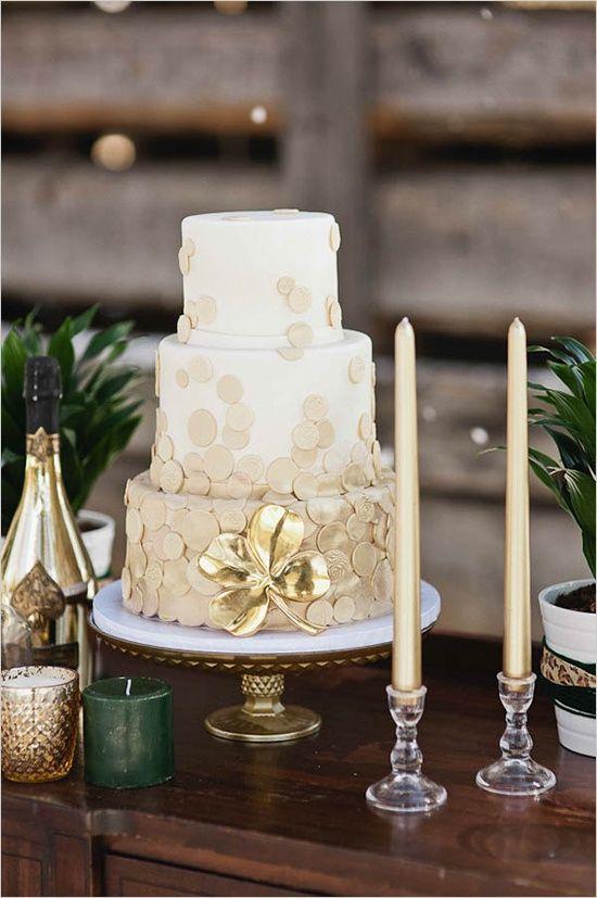 Será que a cor dourada é o novo pretinho básico? Ultimamente os casamentos americanos estão recheados dessa cor, e por incrível que pareça, tem arrasado!