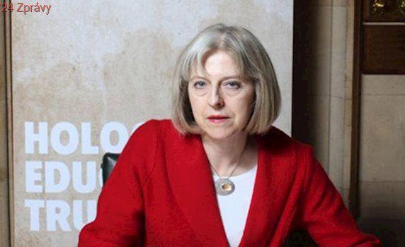 Britští poslanci i ve třetím čtení schválili zákon o jednání o odchodu země z EU