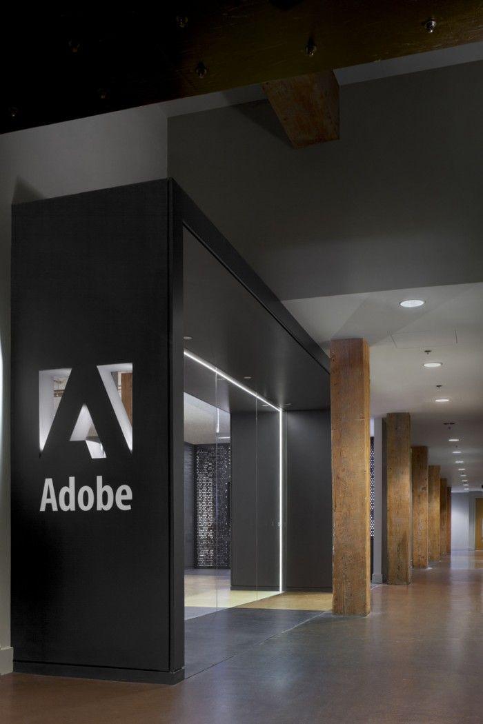 Adobes 410 Townsend San Francisco Offices / Valerio Dewalt Train Associates - Entrance