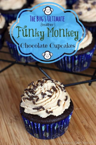 The Bug's Ultimate {Healthier} Funky Monkey Chocolate Cupcakes - secret ingredient flourless cupcakes with a banana filling and Greek yogurt peanut butter frosting! | cupcakesandkalechips.com | gluten free