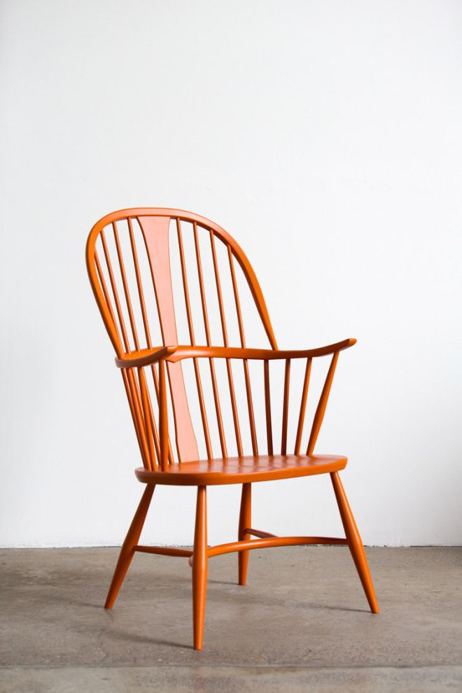 In/Out - Chat in a Chair: Sarah-Jane Pyke