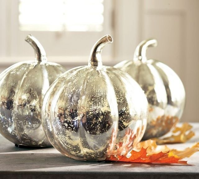 Superb 20 Halloween Pumpkin Craft Ideas: U0027Looking Glassu0027 Spray Can Transform  Pumpkins Into These Gorgeous Centerpieces! Use A White Spray First To Get  The Best ... Amazing Design