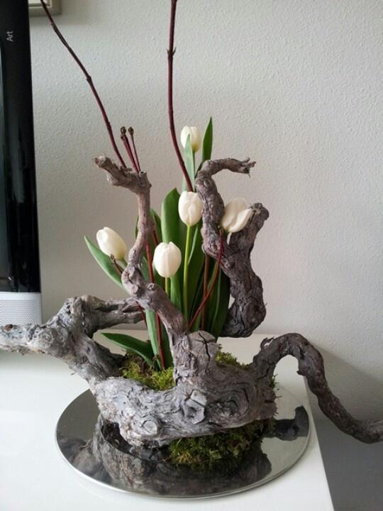 Flower arrangements: life and death