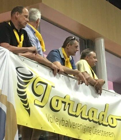 Linksboven voorzitter Tornado Geesteren René Hutten. Samen met Elly Braakhuis (niet op de foto) de stille en drijvende krachten achter alle successen van Tornado.