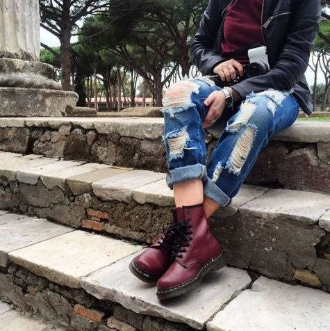 The Cherry Red 1460 boots, shared by serenarioli.