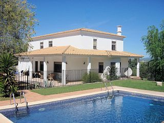 Luxury Child-Friendly Villa, Heated Gated Pool, Walking Distance to Village!Vacation Rental in Antequera from @homeaway! #vacation #rental #travel #homeaway