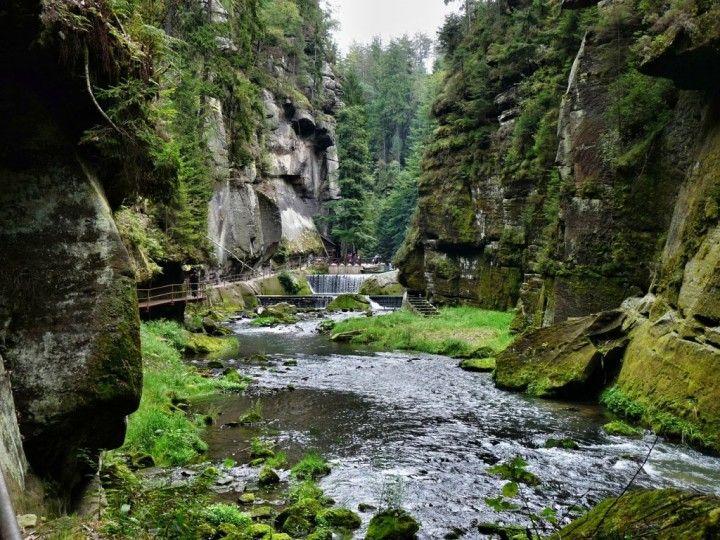 Tiesňavy v Hřensku, Národného parku České Švajčiarsko, národných parkov Slovenskej republiky