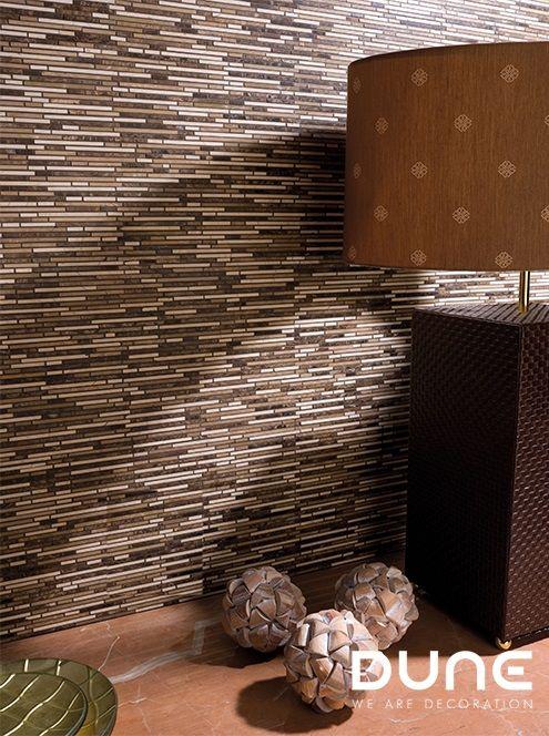 VESTA – 29,8X29,8cm - Mosaic of narrow beige and emperador-coloured rectangular stones. #duneceramica#creativity#tiles#decoration#design#home#interiors#lifestyle#architecture#style#fashion#creatividad#azulejos#diseño#decoración#casa#interiores#estilodevida#arquitectura#estilo…www.dune.es