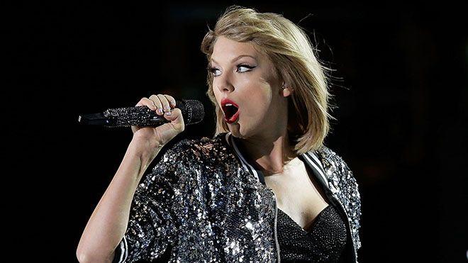 Şimdiye kadar çevrim içi müzikhizmeti sunan mecralarla ciddi sıkıntılar yaşayan Taylor Swift'in kendi platformunu kurmayı planladığı ortaya çıktı.Taylor Swift'in müzik platformlarının düzenine karşı...   https://havari.co/taylor-swift-kendi-muzik-platformunu-kurmaya-hazirlaniyor/