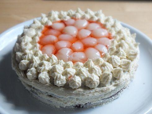 smakołyki alergika: tort bez mleka i jaj - z kremem waniliowym i owocami